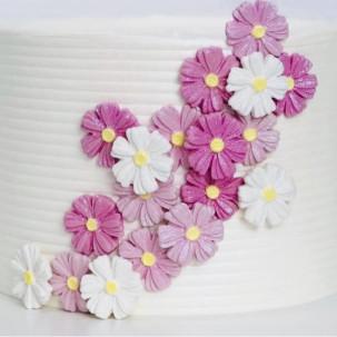 Margarida Pét. fechada Cód.610 (Pact. c/ 6 flores e 6 folhas. Medida 2,5cm x 2,5cm)