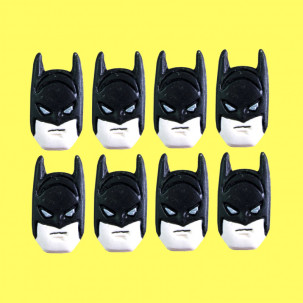 Batman Cód.063 (Pacote c/ 8 pçs. Medidas 1,5cm x 3,5cm)