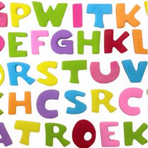 Letras p/ montar nomes ou frases Cód.635 (OBS: Valor unitário por letra, escolher cores baixo. tam. da letra aprox. 2,5cm x 2cm)